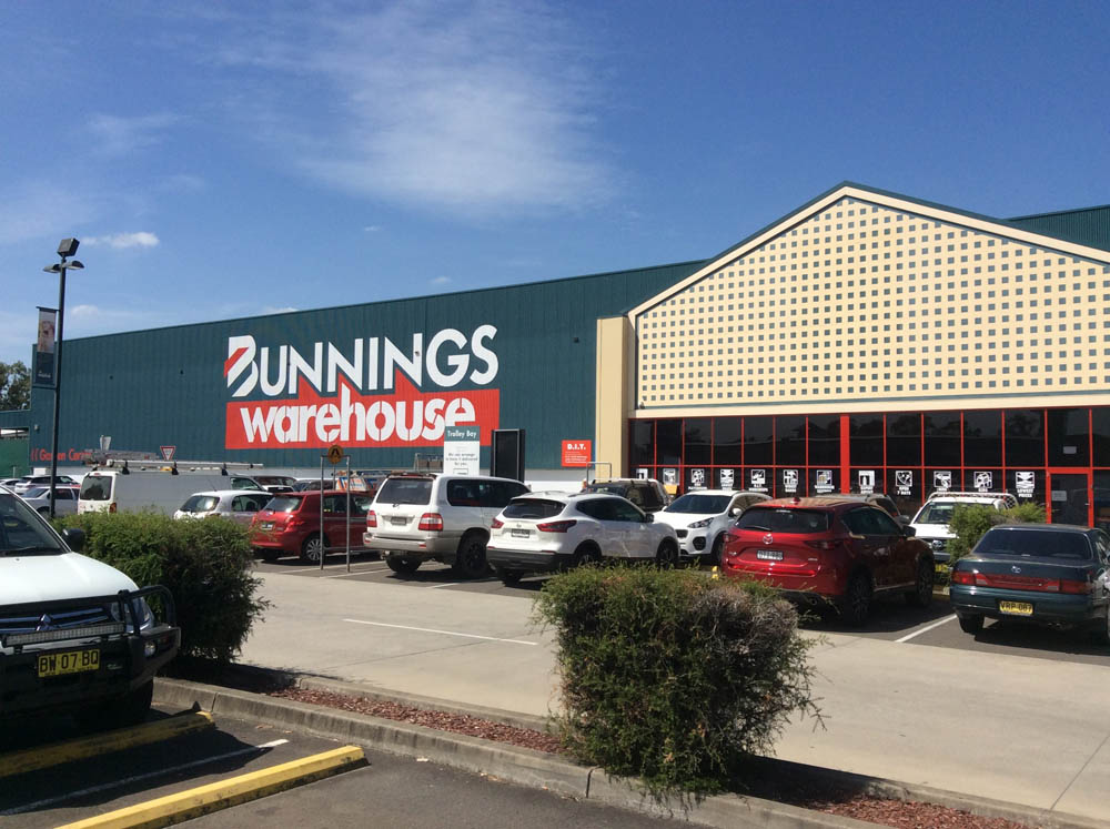 Bunnings Mc Graths hill for supplying safety equipment